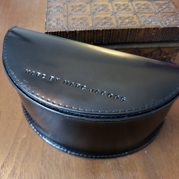Marc By Marc Jacobs Accessories - 3/$20 Marc by Marc Jacobs Hard Sunglasses Case